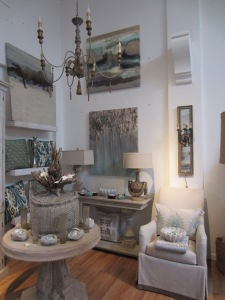 The artwork and accessories were the perfect complement to the Driftwood look.
